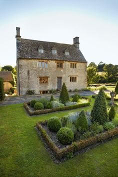 Philip Mould's 17thC house and gardens, Oxfordshire, England. Andrew Montgomery photograph in House & Garden, May 2013.