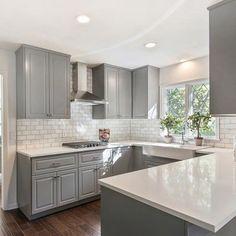 Gorgeous 45 Wonderful Kitchen Backsplash Decorating Ideas #Backsplash  #decor #ideas #Kitchen