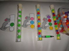 Mouse Patterns in test tubes (K/Gr. Preschool Centers, Preschool Kindergarten, Teaching Math, Learning Colors, Kids Learning, Math Patterns, Early Math, Autism Activities, Practical Life