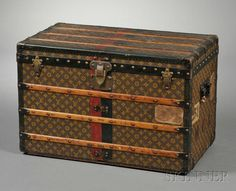 Louis Vuitton Wood-strapped Cloth-bound Steamer Trunk  NOW THATS A TRUNK!!