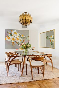 50 ideas for modern dining room furniture and decoration in the middle of the century # chairs . Dining Room Walls, Dining Room Lighting, Dining Room Sets, Dining Room Design, Dining Room Furniture, Furniture Decor, Kitchen Lighting, Office Lighting, Bedroom Lighting