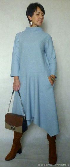 Купить или заказать Платье из шерстяного лодена ЗИМА В ГОРОДЕ в интернет магазине на Ярмарке Мастеров. С доставкой по России и СНГ. Материалы: шерстяной лоден, шерсть 100%, шерсть…. Размер: 44-46 длина платья по спинке 110…