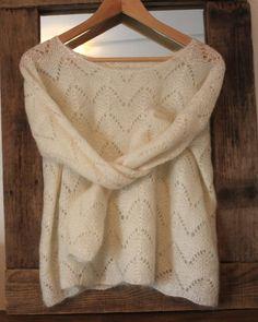 der eléawool Strickpullover The Frog Tricote patterns de tricot de tejer di maglieria modelleri Pull Crochet, Knit Crochet, Crochet Pattern, Brown Sweater, Sweater Shirt, Noble People, Wand Tattoo, Knitting Magazine, Garter Stitch