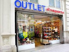 Outlet d'Esports Outlets, Liquor Cabinet, Cool Stuff, Storage, Places, Furniture, Home Decor, Shopping, Sports