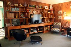 Sherry of Atomic Antiques Huge Mid Century Modern Collection and Mod-Filled Home - Thriftcore