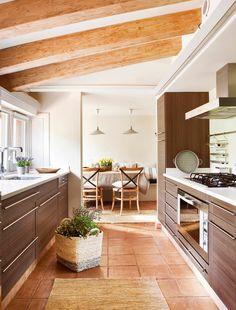 charming Kitchen Design Ideas You'll want to Steal. Kitchen Family Rooms, Boho Home, Modern Kitchen Design, Beautiful Kitchens, Home Decor Inspiration, Decor Ideas, Living Room Designs, Kitchen Remodel, Kitchen Decor