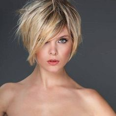 2020 Hair Trends For Women pictures and tips today will be shared with you. You should know that 2020 hair color trends and will shape the fashion stages these trends 2020 Hair Trends For Women Short Hairstyles For Women, Bob Hairstyles, Straight Hairstyles, Wedding Hairstyles, Pixie Haircuts, Party Hairstyles, Braided Hairstyles, Thin Wavy Hair, Short Hair Cuts