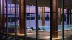 The pool at @fscanarywharf.  Yes... that's the Thames.