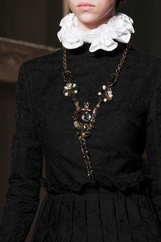 Défilé Valentino Haute Couture automne-hiver 2016-2017 11