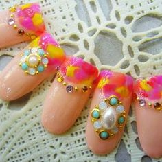 design for nails - French fur nail deformation