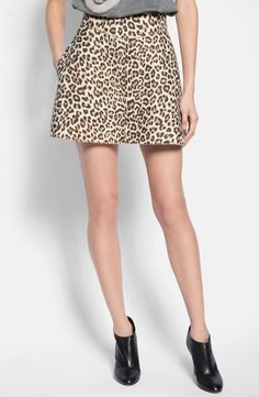 This leopard print flared skirt is the perfect piece to transition from summer to fall.