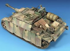 Scale: 1/35. Kit: Dragon. Comments: Enhanced with Voyager P.E., Friull tracks and various materials Location: Winter 1945. Release Date: 2007.
