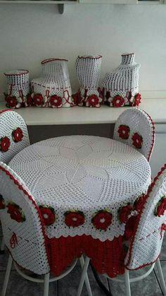 36 Ideas For Crochet Christmas Afghan Granny Squares Yarns Crochet Decoration, Crochet Home Decor, Crochet Crafts, Crochet Projects, Crochet Tablecloth, Crochet Doilies, Crochet Flowers, Crochet Lace, Crochet Bunny