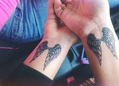 - 140 himmlische Engel Tattoos, die Sie glauben lassen 140 angelic angel tattoos that make you believe Tattoo Oma, Tattoo Femeninos, Hanya Tattoo, Piercing Tattoo, Back Tattoo, Piercings, Ankle Tattoo, Tattoo Neck, Tattoo Music