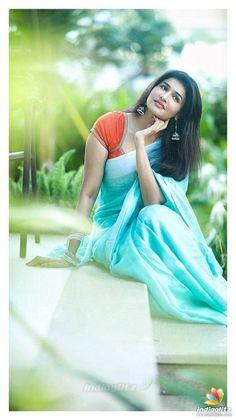Dehati Girl Photo, Girl Photo Poses, Girl Poses, Giral Photo, Beautiful Girl Photo, Beautiful Girl Indian, Most Beautiful Indian Actress, Beautiful Women, Indian Photoshoot