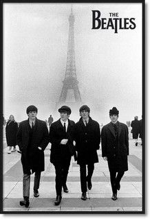 Beatles posters: Great black and white Beatles poster featuring a photo of the Fab Four taken in Paris. John Lennon, Paul McCartney, George Harrison and Ringo Starr all featured in this Beatles poster which has the Eiffel Tower in the scenery. Poster Dos Beatles, Les Beatles, Beatles Photos, Beatles Art, Pop Rock, Rock And Roll, Photo Walk, Iconic Photos, The Fab Four