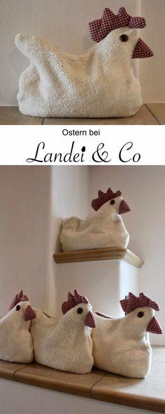Osterzeit in der Dinkelkissen - Werkstatt in Lechbruck im Ostallgäu, Kuschelkissen, Huhn, Hühner