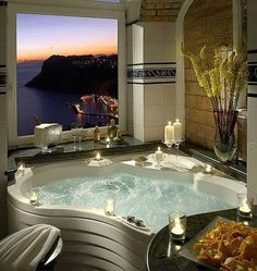 Ahh amazing view and beautiful tub