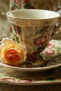 Woodland Rose Teacup!