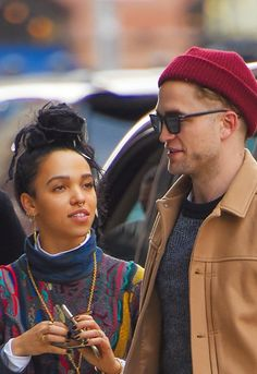 FKA Twigs and Robert Pattinson: The Love Story #thelookoflove ahhhh