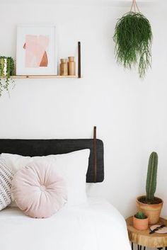 Decoração Minimalista, Preto Branco E Rosa, Cactus, Plantas, Prateleira De  Quadrinhos ❤