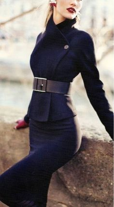 Gucci jacket, skirt and belt, Chanel gloves. Oh the things I can't afford. -- A previous pinner Women's Fashion: My Style (CTS) Work Fashion, High Fashion, Winter Fashion, Womens Fashion, Trendy Fashion, Fashion Black, Style Fashion, Fashion Tag, Petite Fashion