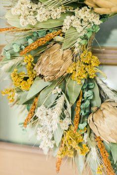 A Front Porch Makeover For Fall | theglitterguide.com