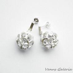 Kolczyki - Białe ażurowe kule z białą cyrkonia - Sklep internetowy z biżuterią srebrną