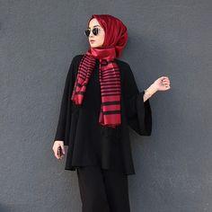 "758 Likes, 2 Comments - Hijab Fashion (@hijabfashion484) on Instagram: ""@dilaranazanertan #hijabfashion #hijabstyle #hijabfashion484 #hijab #fashion #style #love #ootd…"""