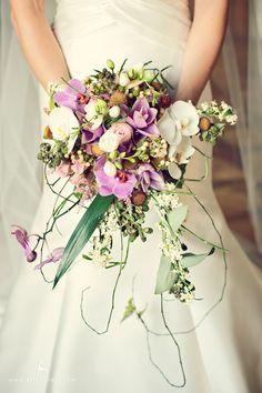 rustic wedding purple bouquet