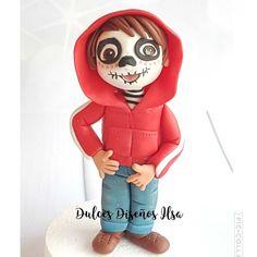 Muñecos personalizados en fondant o porcelana para tus tartas, cake toppers, coco, personaje Miguel de película Coco, dulces diseños ilsa