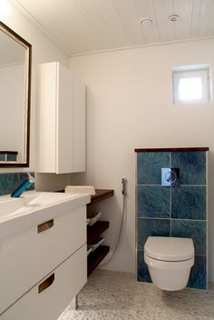 Asuntomessujen keraamiset laatat 2013 | Kaakelikeskus    Lattia:  Ape Balance Pebbles White 33*33, tuotekoodi 34310350