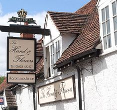 "Tom Kerridge's 2 michelin starred pub and rooms ""The Hand & Flowers"" in Marlow"