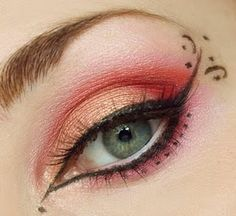 I don't like the eyeshadow but I like the eye liner