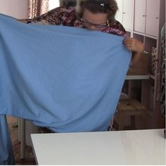 This is a tutorial on how to cut fabric straight.Cutting fabric straight,on-grain, is such an important step in creating a well-fitted garment Easy Sewing Projects, Sewing Projects For Beginners, Sewing Hacks, Sewing Tutorials, Sewing Patterns, Sewing Tips, Baby Patterns, Sewing Ideas, How To Clean Suede