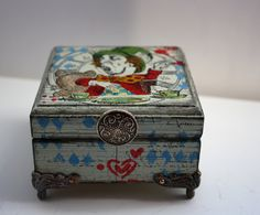 Alice In Wonderland Hand Painted Wooden Money Box Jewellery