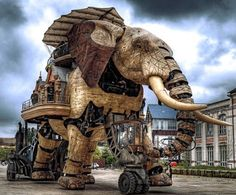 cool elephant in nantes, france