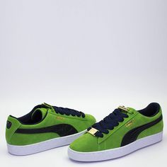 Puma Sneakers Shoes, Pumas Shoes, Nike Shoes, Puma Suede Classic, Baggy Sweatpants, Hip Hop Jeans, Tenis Casual, Shoe Game, Jordan Shoes