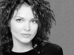 Love Dina Meyer