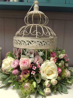 6 NEW CREAM WEDDING BIRD CAGES WEDDING CENTREPIECES VINTAGE CREAM BIRDCAGE   eBay