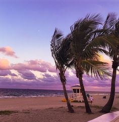 Pastel skies in Fort Lauderdale. Photo courtesy of irinastamate on Instagram.