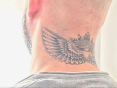 Top Tattoos, Tribal Tattoos, Tattoos For Guys, Tatoos, Wing Neck Tattoo, Crossed Fingers, Anubis, Angel Wings, Tatting