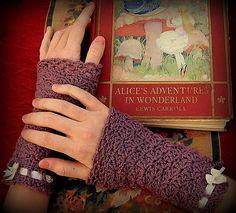 Ravelry: Wristlets in Wonderland pattern by Michele DuNaier