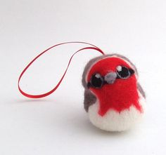 Needlefelted Robin Bird ChristmasTree Decoration Red Breasted Robin 1 Supplied.via Etsy.