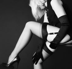 We love sheer thigh highs, especially our Oro bas >> http://bit.ly/L84WxZ