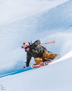 Our friend Enki Hediard from France☀️❄️ Looks quite dope! Photo @olivergodboldphoto (Instagram) #peakperformance #justaddski #PPfriends #skiing #ski #powder #dope #peakperformanceski #friend