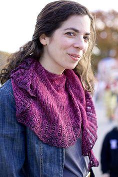 Ravelry: Stellanti pattern by Laura Nelkin