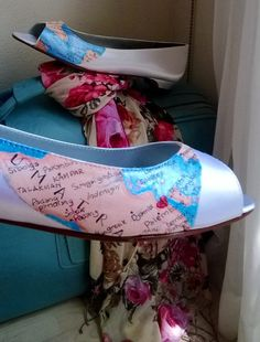 Wedding shoes Painted map home is where your heart is by norakaren, $225.00