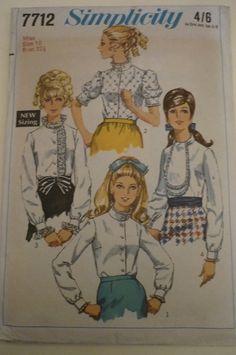 Vintage Sewing pattern. Original by IsellVintagePatterns on Etsy