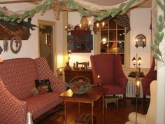 I love the ease of this room. It calls you to come and sit with a cup of tea and a knitting bowl! Primitive Christmas Decorating, Primitive Country Christmas, Prim Christmas, White Christmas, Christmas Time, Christmas Ideas, Christmas Wreaths, Prim Decor, Country Decor